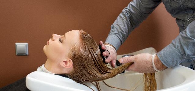 女性必見!正しいシャンプーで薄毛予防