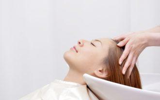 シャンプーのしすぎは逆効果?薄毛に与える影響とは