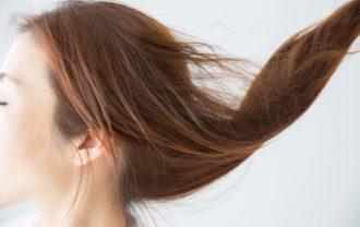 女性の髪の毛と更年期の関係